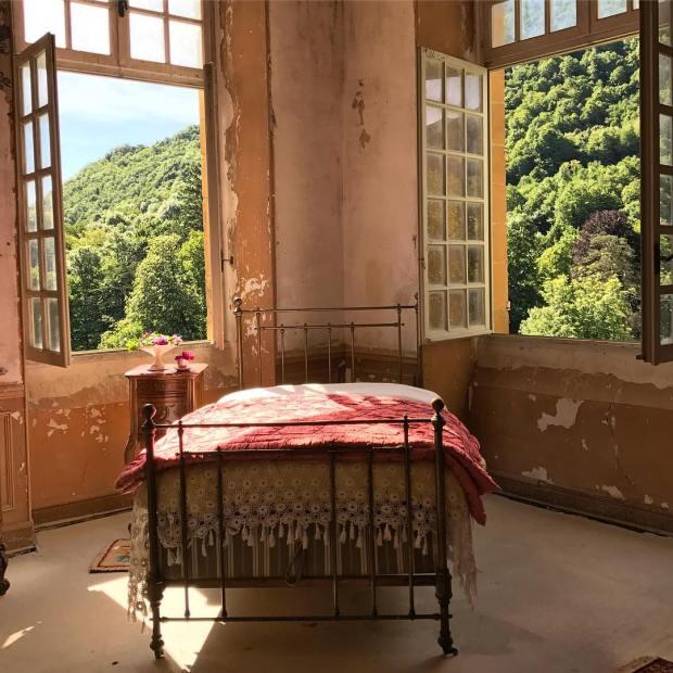 Dormitorio château gudanes
