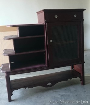 mueble plateado-1